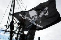 Пираты атаковали греческое судно и похитили двух членов экипажа