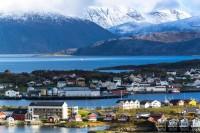 Остров в Северной Норвегии решил жить вне времени